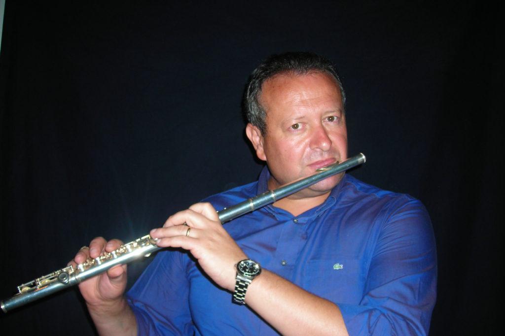 M° Bruno Paolo Lombardi  • Presidente di giuria della commissione solisti